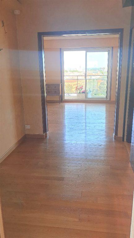 Appartement à louer 5 107m2 à Chalon-sur-Saône vignette-3