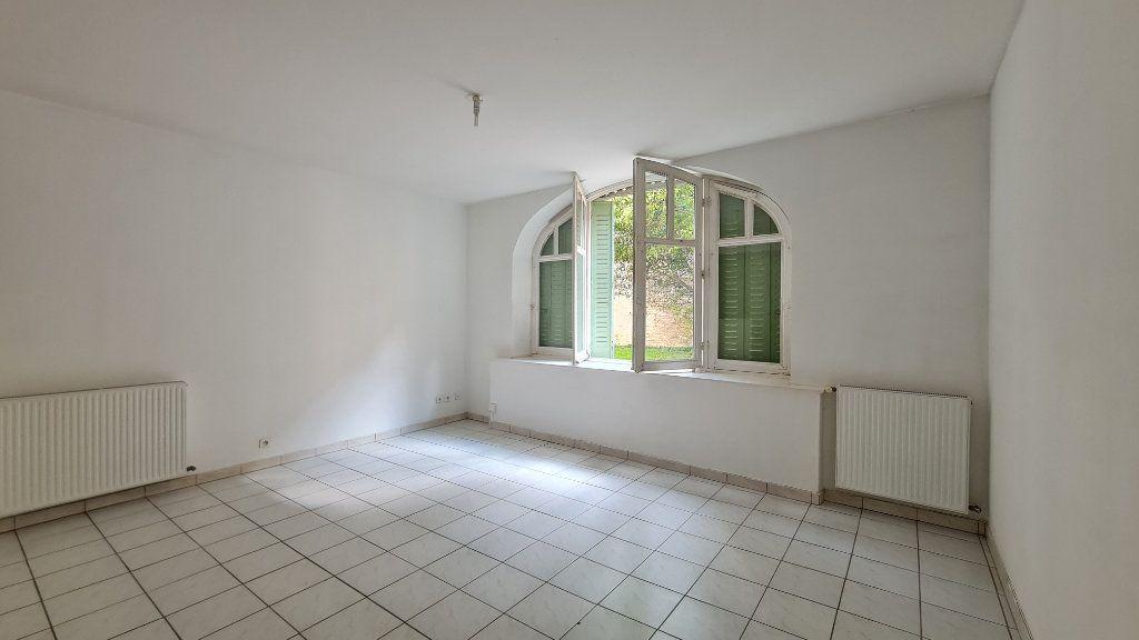 Appartement à louer 2 44m2 à Chalon-sur-Saône vignette-1