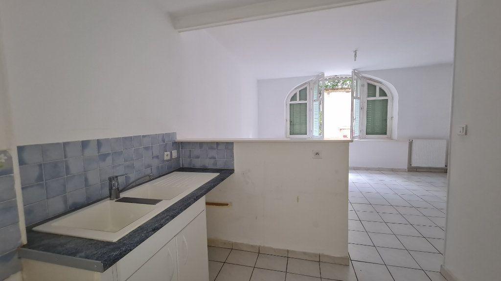 Appartement à louer 2 44m2 à Chalon-sur-Saône vignette-3