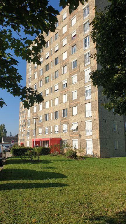 Appartement à louer 2 60m2 à Champforgeuil vignette-1