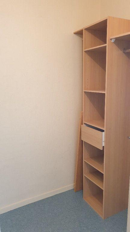 Appartement à louer 2 60m2 à Champforgeuil vignette-9