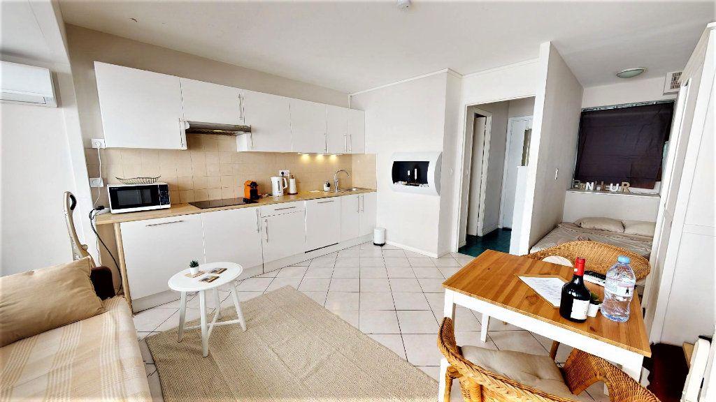 Appartement à vendre 1 28m2 à Nice vignette-4
