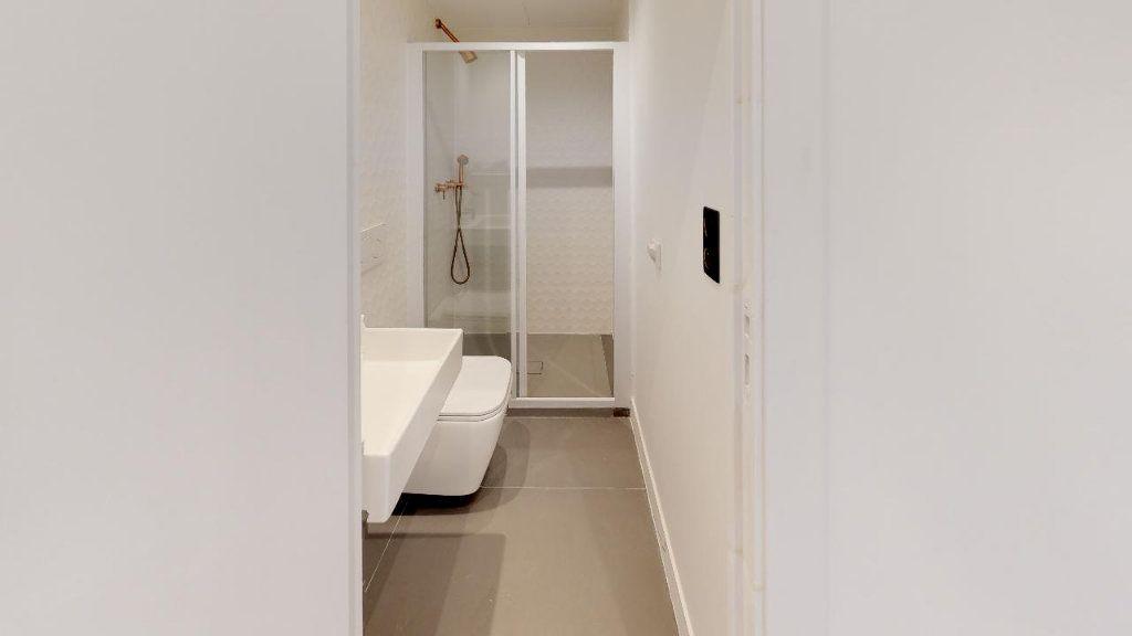 Appartement à louer 1 15.07m2 à Nice vignette-3