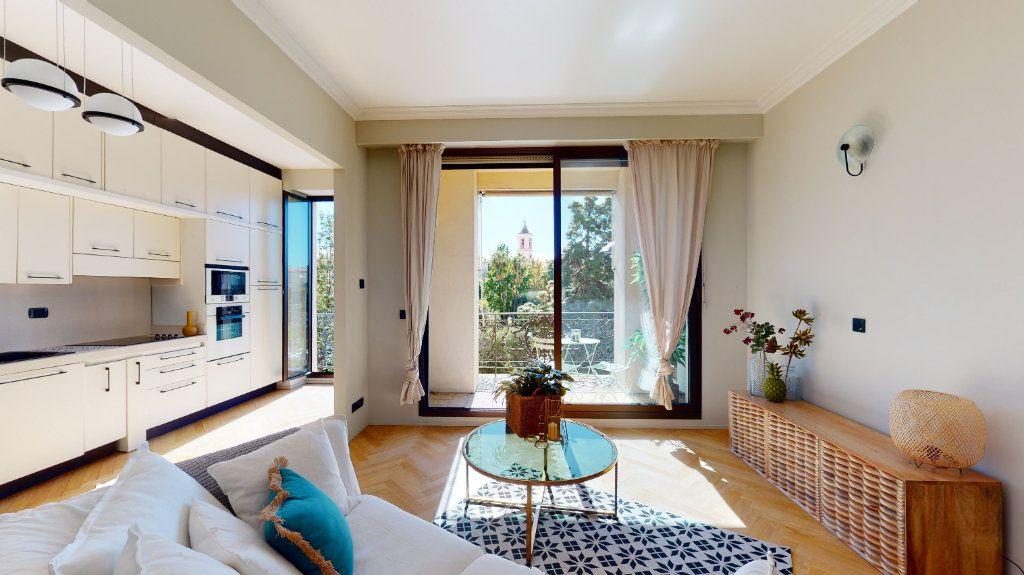 Appartement à vendre 2 56m2 à Nice vignette-1
