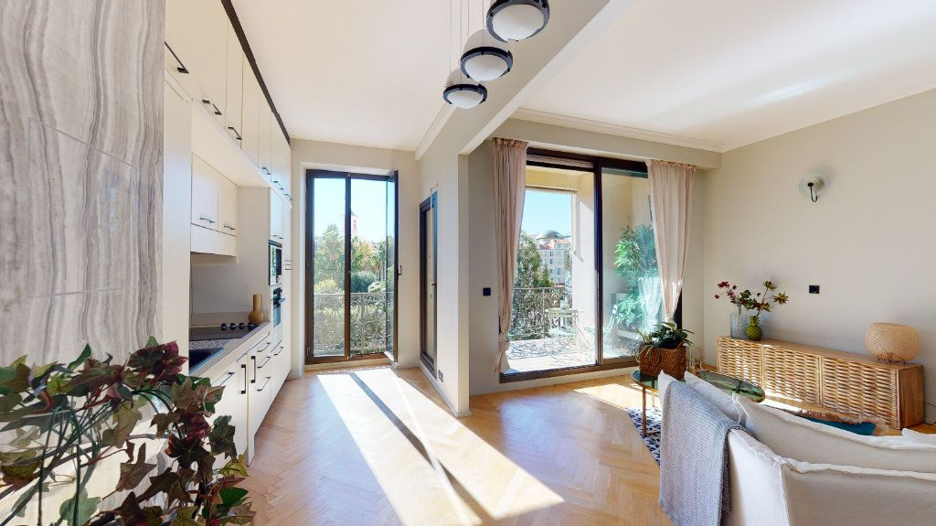 Appartement à vendre 2 56m2 à Nice vignette-2
