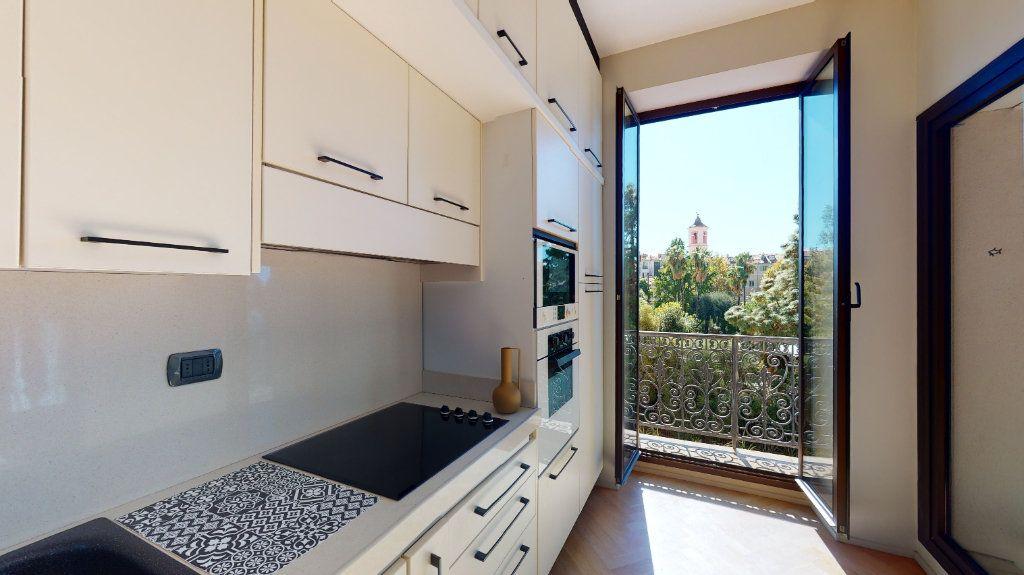 Appartement à vendre 2 56m2 à Nice vignette-6