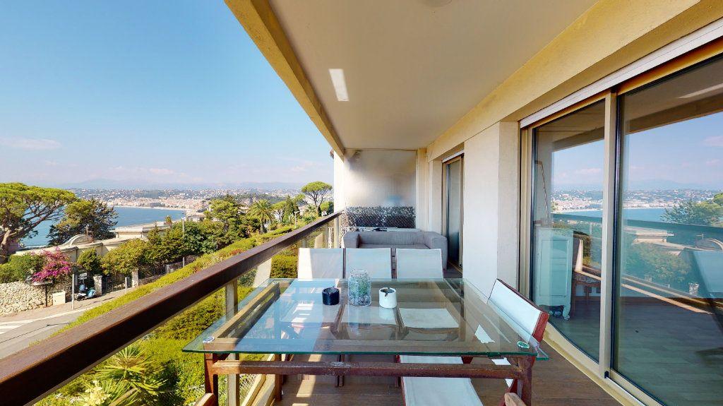 Appartement à vendre 4 97m2 à Nice vignette-3