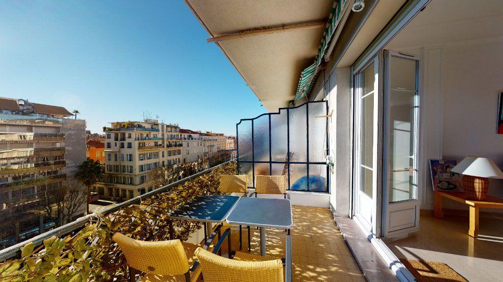 Appartement à vendre 3 64m2 à Nice vignette-1