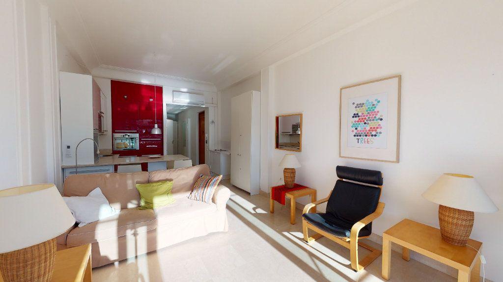 Appartement à vendre 3 64m2 à Nice vignette-7
