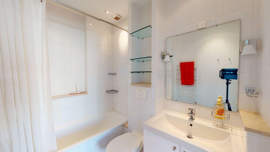 Appartement à vendre 3 64m2 à Nice vignette-9