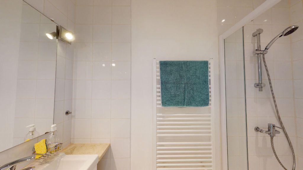 Appartement à vendre 3 64m2 à Nice vignette-12