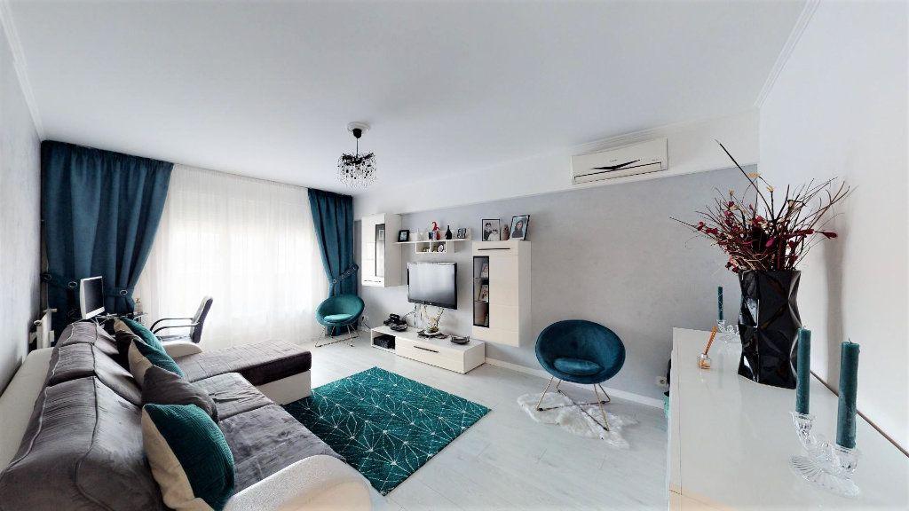 Appartement à vendre 2 51m2 à Nice vignette-2