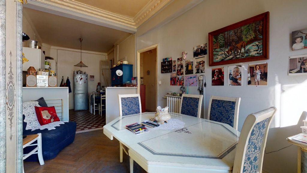 Appartement à vendre 2 47m2 à Nice vignette-3