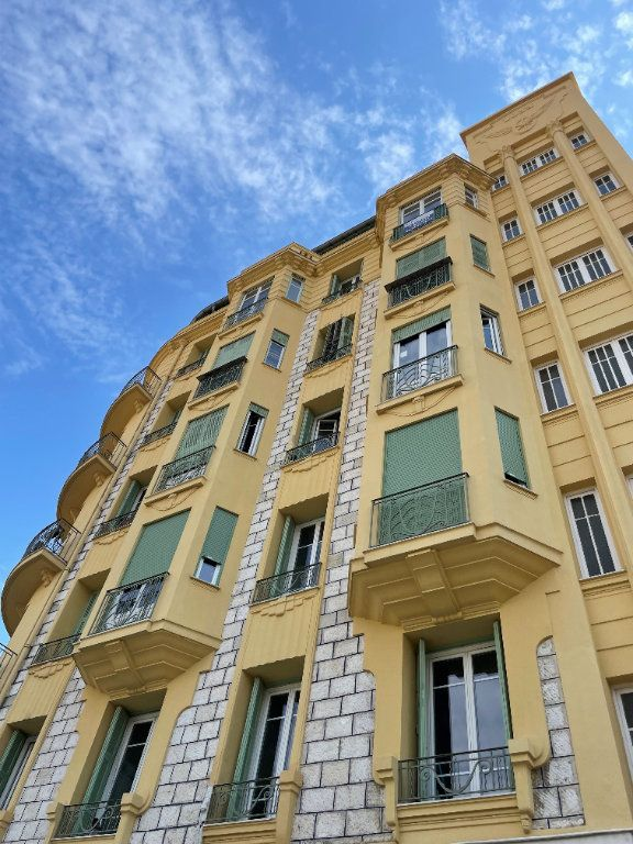 Appartement à vendre 2 47m2 à Nice vignette-14