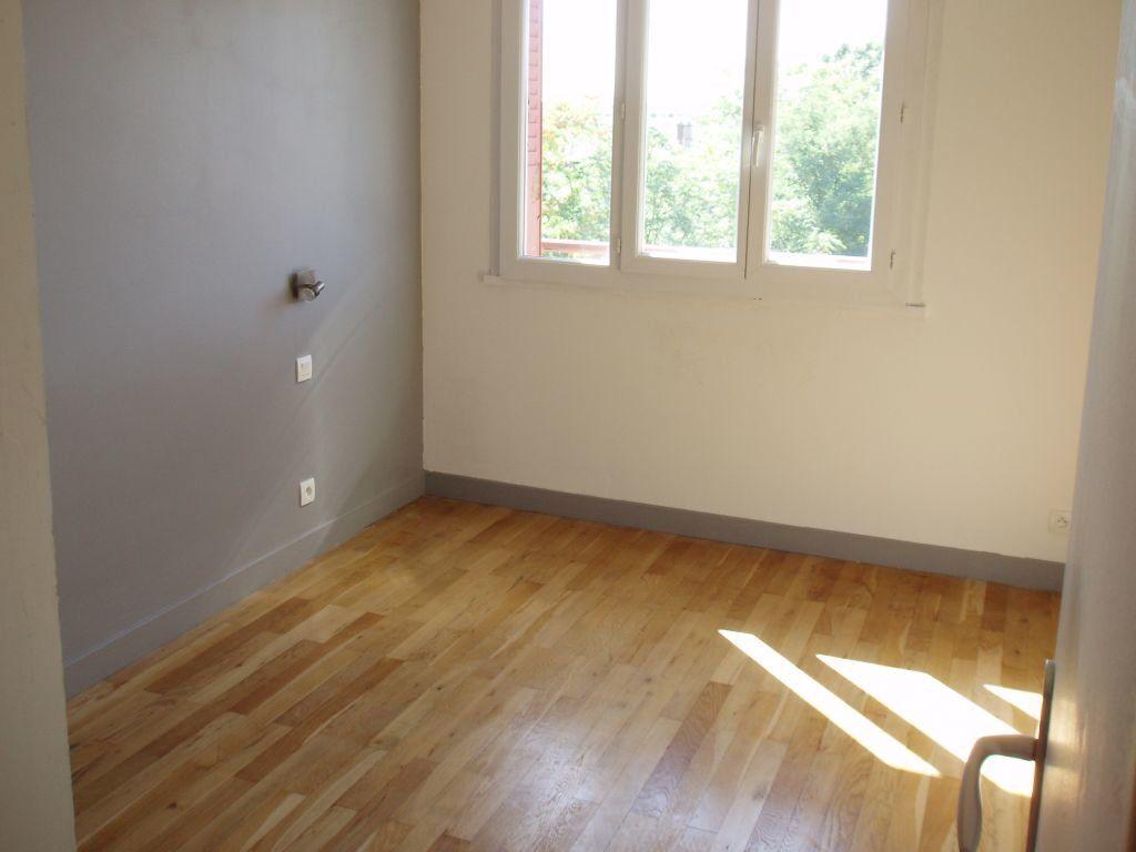 Appartement à louer 3 56.26m2 à Vénissieux vignette-8