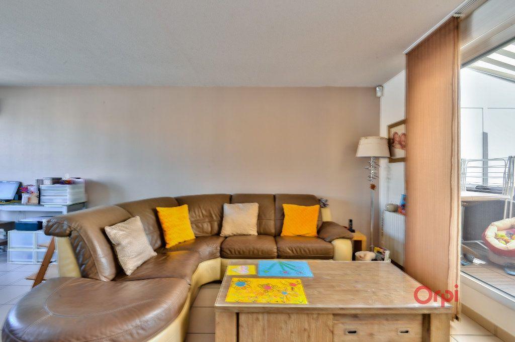 Appartement à vendre 4 94.46m2 à Vénissieux vignette-5