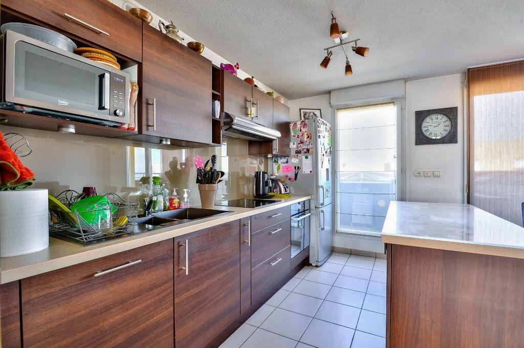 Appartement à vendre 4 94.46m2 à Vénissieux vignette-7