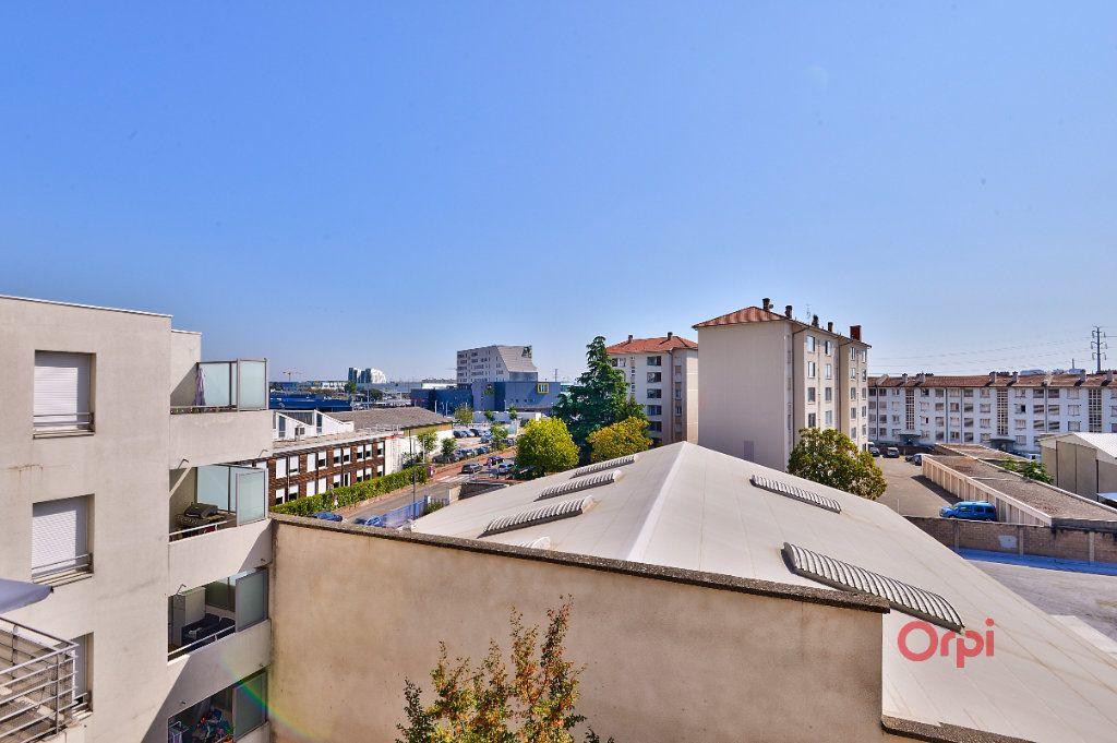 Appartement à vendre 4 94.46m2 à Vénissieux vignette-17