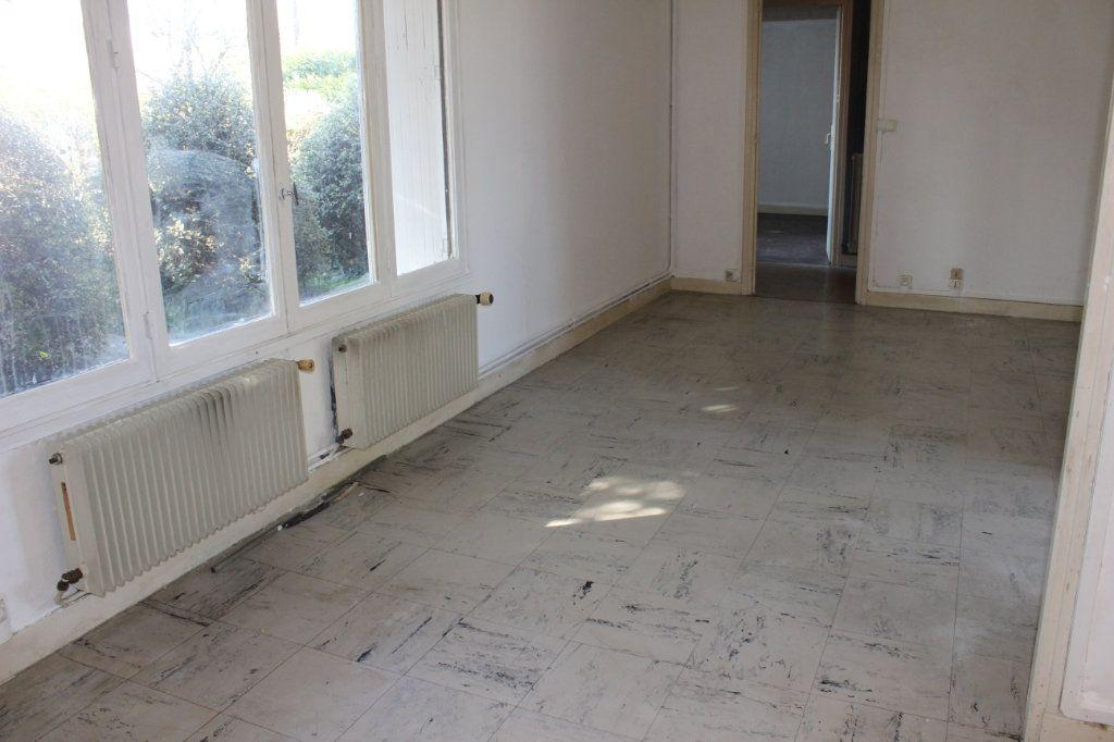 Maison à louer 3 61.2m2 à Saint-Fons vignette-5