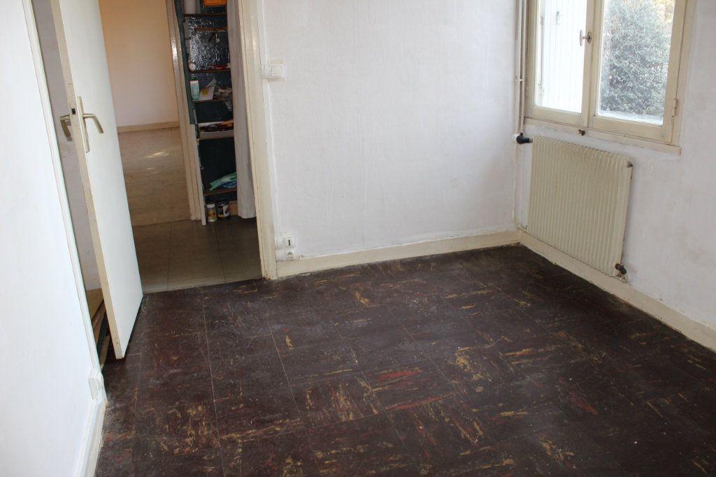 Maison à louer 3 61.2m2 à Saint-Fons vignette-12