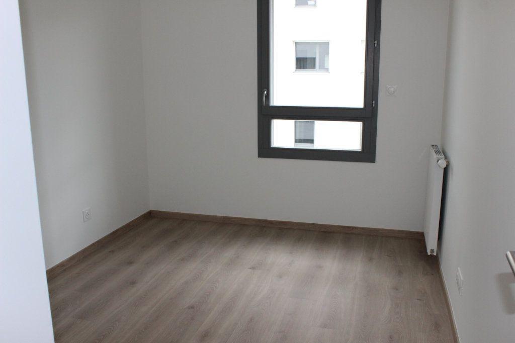 Appartement à vendre 3 61.65m2 à Lyon 8 vignette-9