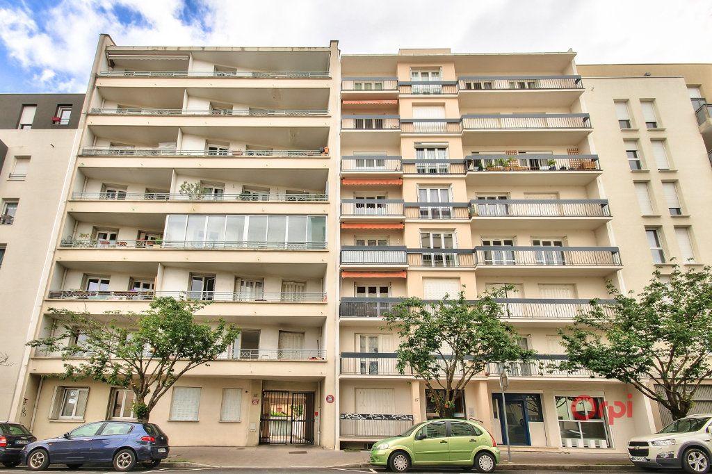 Appartement à vendre 3 61m2 à Lyon 8 vignette-9