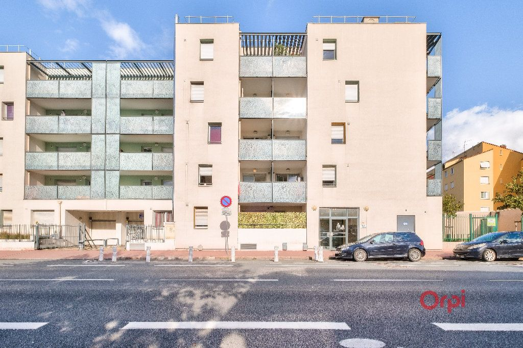 Appartement à vendre 3 56.36m2 à Vénissieux vignette-2