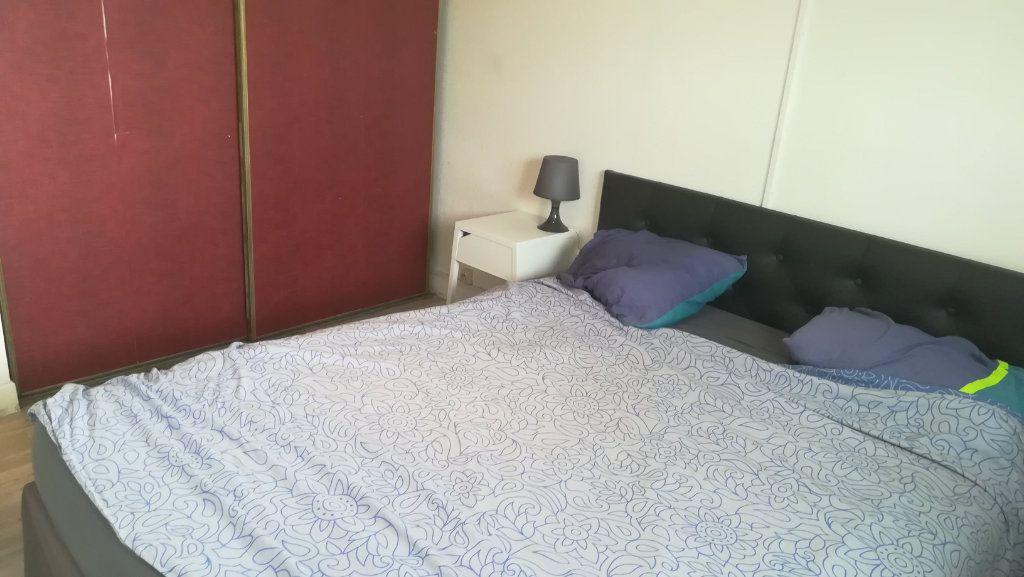 Appartement à louer 2 34.05m2 à Vénissieux vignette-7
