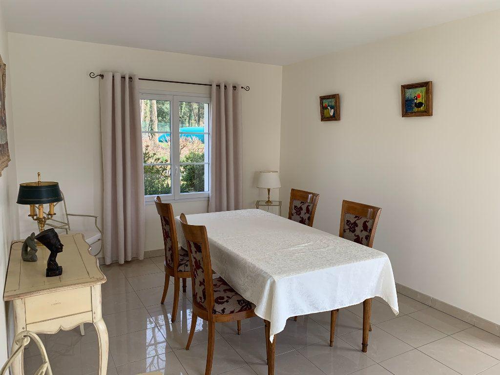 Maison à vendre 5 240m2 à Grézac vignette-5