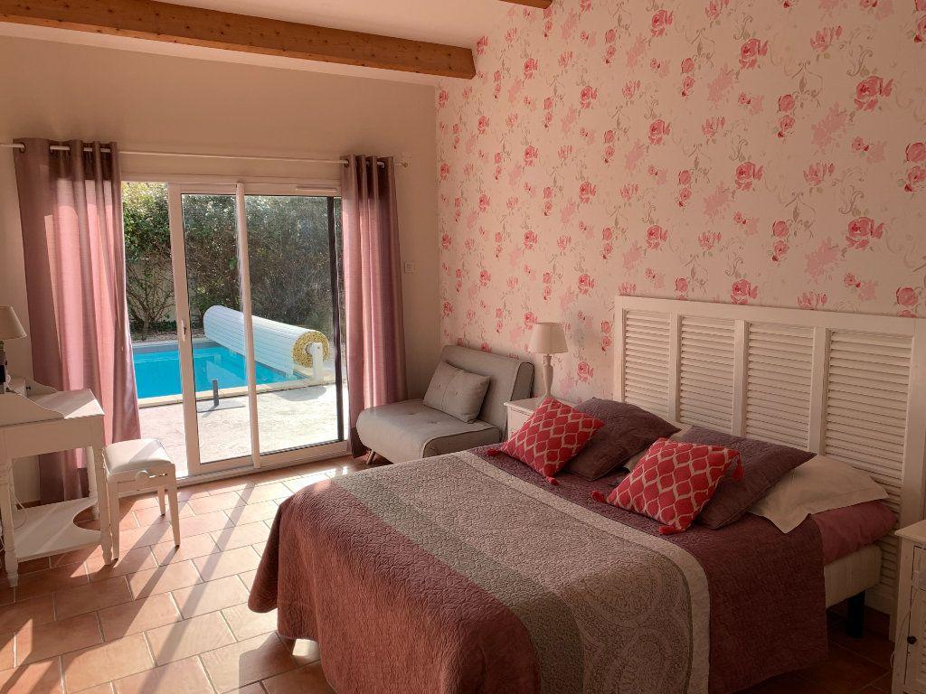 Maison à vendre 5 240m2 à Grézac vignette-8