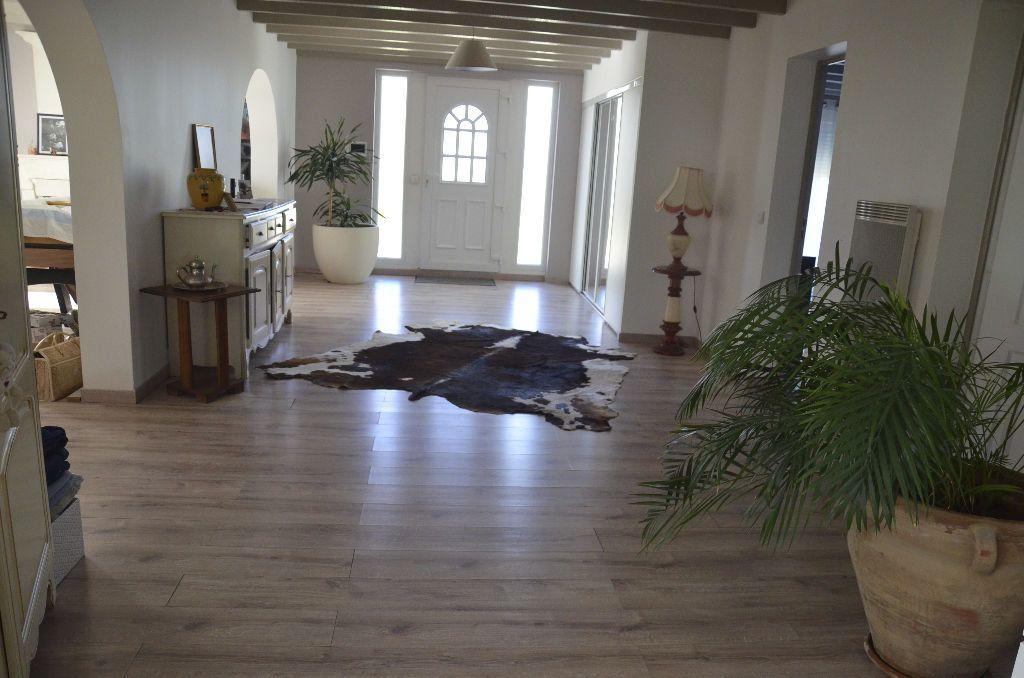 Maison à vendre 6 530m2 à Brie-sous-Mortagne vignette-5