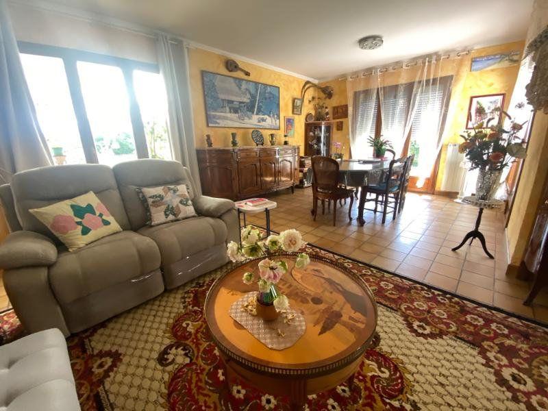 Maison à vendre 5 125m2 à Meschers-sur-Gironde vignette-3
