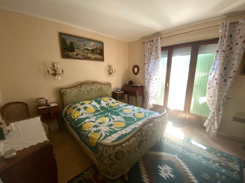 Maison à vendre 5 125m2 à Meschers-sur-Gironde vignette-7
