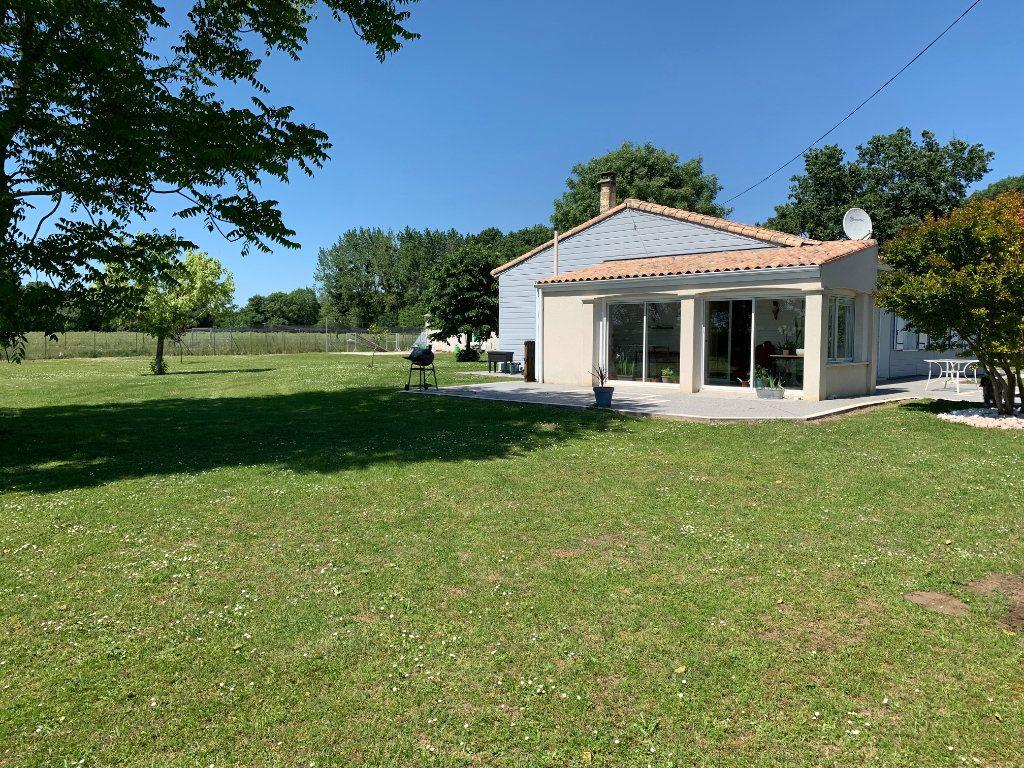 Maison à vendre 6 170m2 à Corme-Écluse vignette-2
