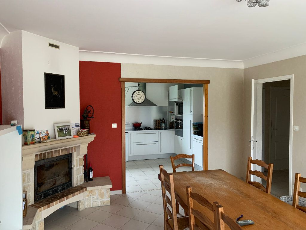 Maison à vendre 6 170m2 à Corme-Écluse vignette-5