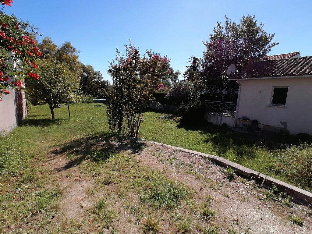 Terrain à vendre 0 1370m2 à Saint-Georges-de-Didonne vignette-8
