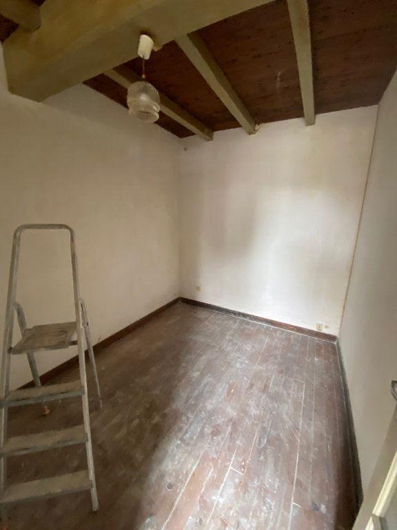 Maison à vendre 2 142m2 à Corme-Écluse vignette-3