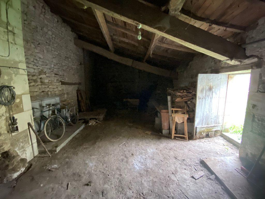Maison à vendre 2 142m2 à Corme-Écluse vignette-9