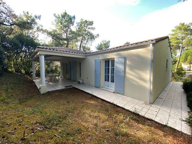 Maison à vendre 4 100m2 à Saint-Georges-de-Didonne vignette-3