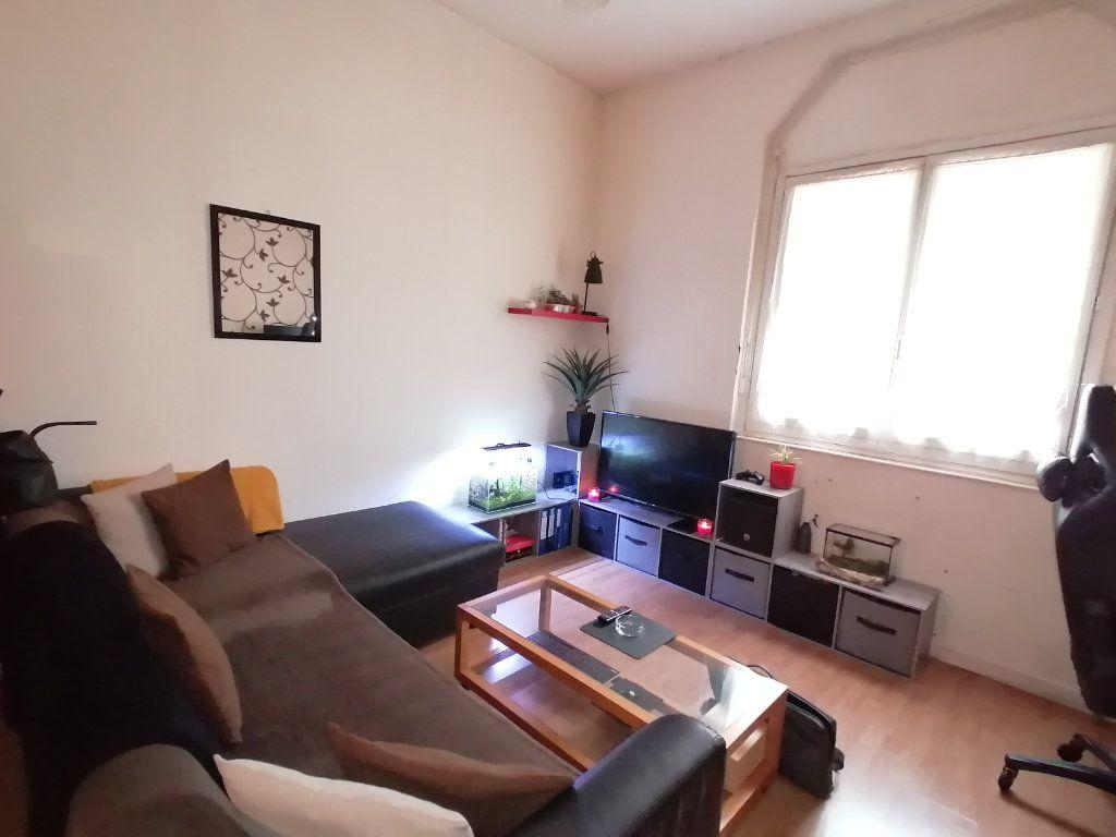 Appartement à vendre 1 20.25m2 à Saint-Georges-de-Didonne vignette-6
