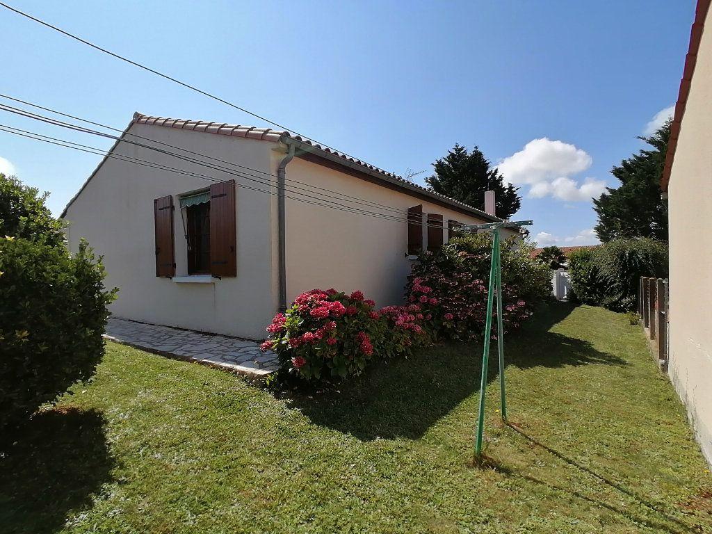 Maison à vendre 4 95m2 à Royan vignette-10