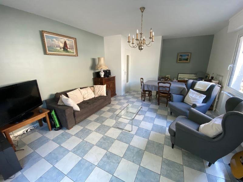 Appartement à vendre 3 59.68m2 à Royan vignette-1