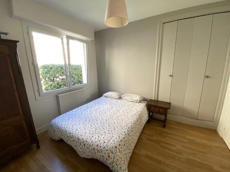 Appartement à vendre 3 59.68m2 à Royan vignette-3