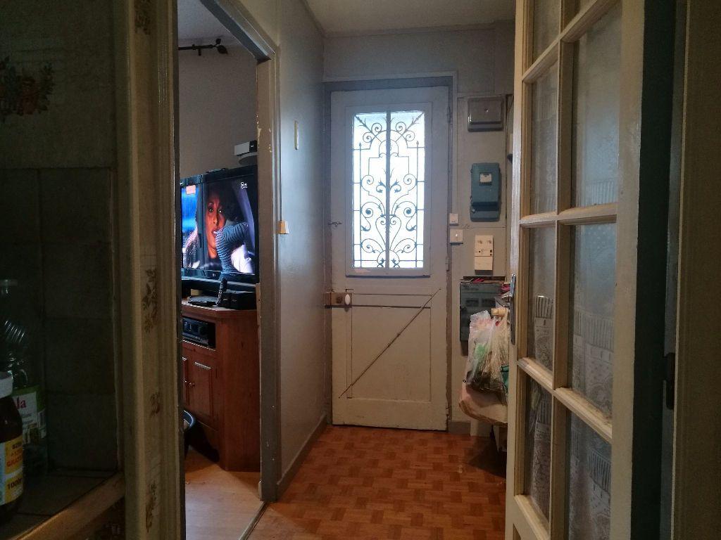 Maison à vendre 7 103m2 à Le Blanc-Mesnil vignette-3