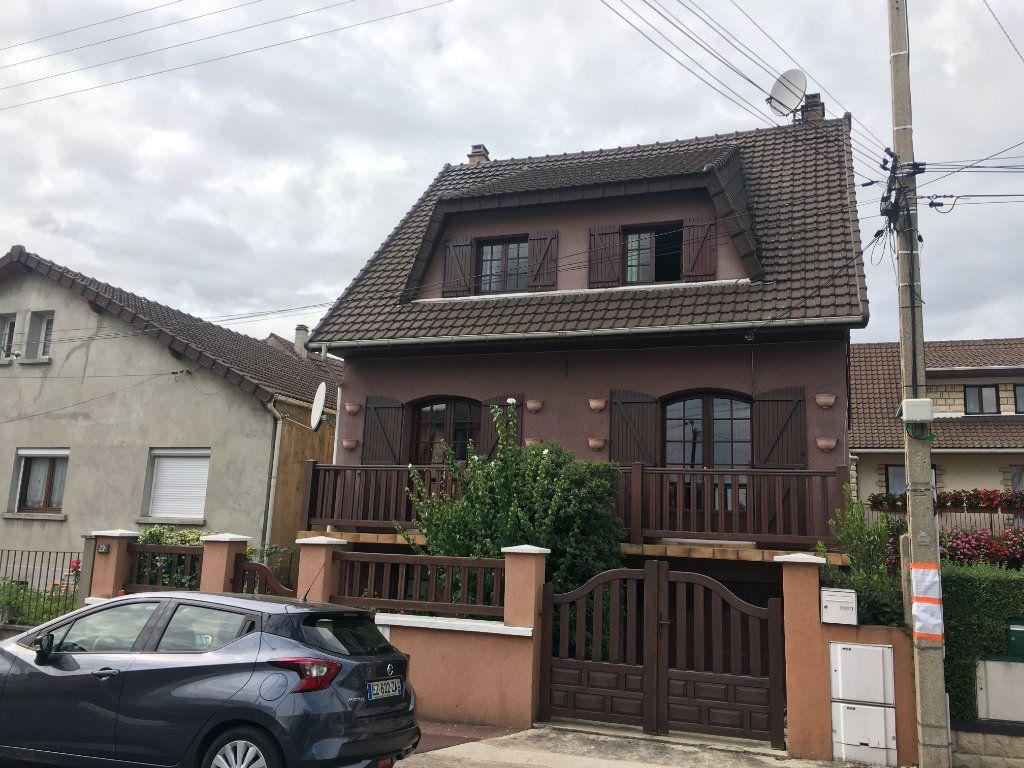 Maison à vendre 7 207.02m2 à Le Blanc-Mesnil vignette-1