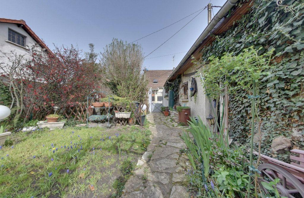 Maison à vendre 5 100m2 à Le Blanc-Mesnil vignette-3