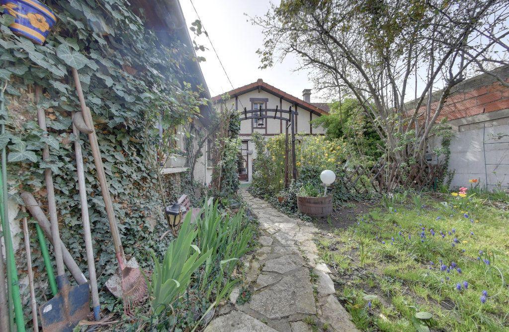 Maison à vendre 5 100m2 à Le Blanc-Mesnil vignette-12
