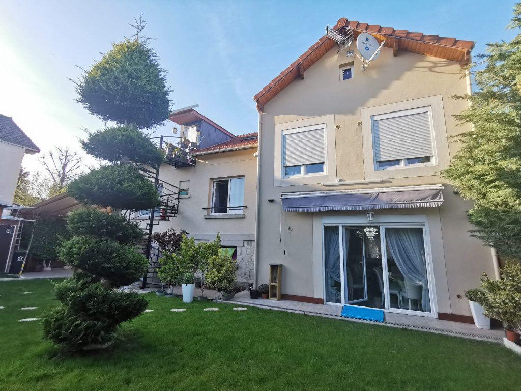 Maison à vendre 17 250m2 à Le Blanc-Mesnil vignette-1