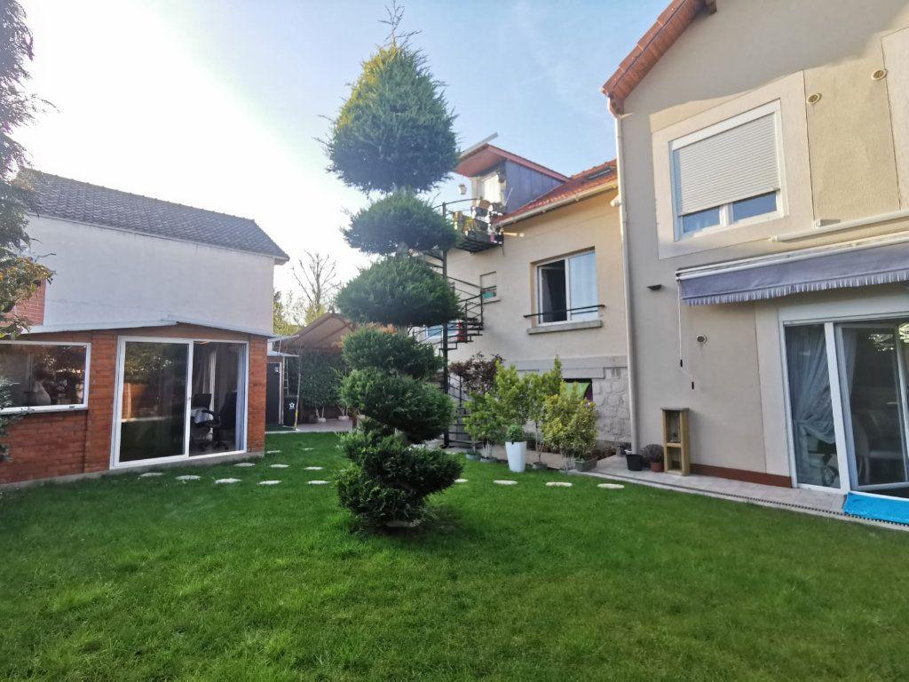 Maison à vendre 17 250m2 à Le Blanc-Mesnil vignette-2