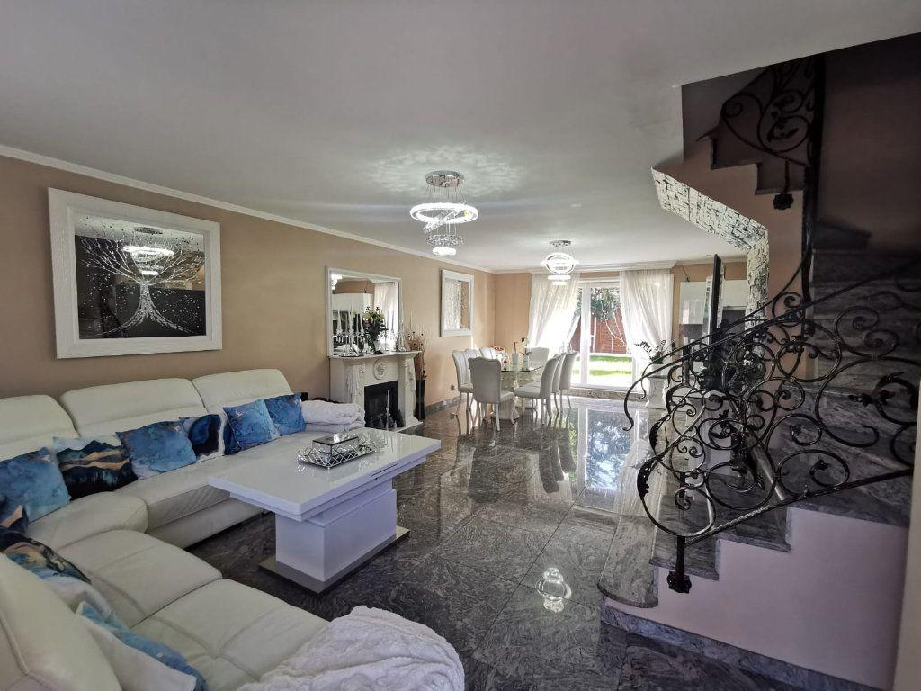 Maison à vendre 17 250m2 à Le Blanc-Mesnil vignette-3